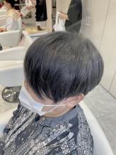 RENJISHI 青山 秋色は濃いめのグレーに。